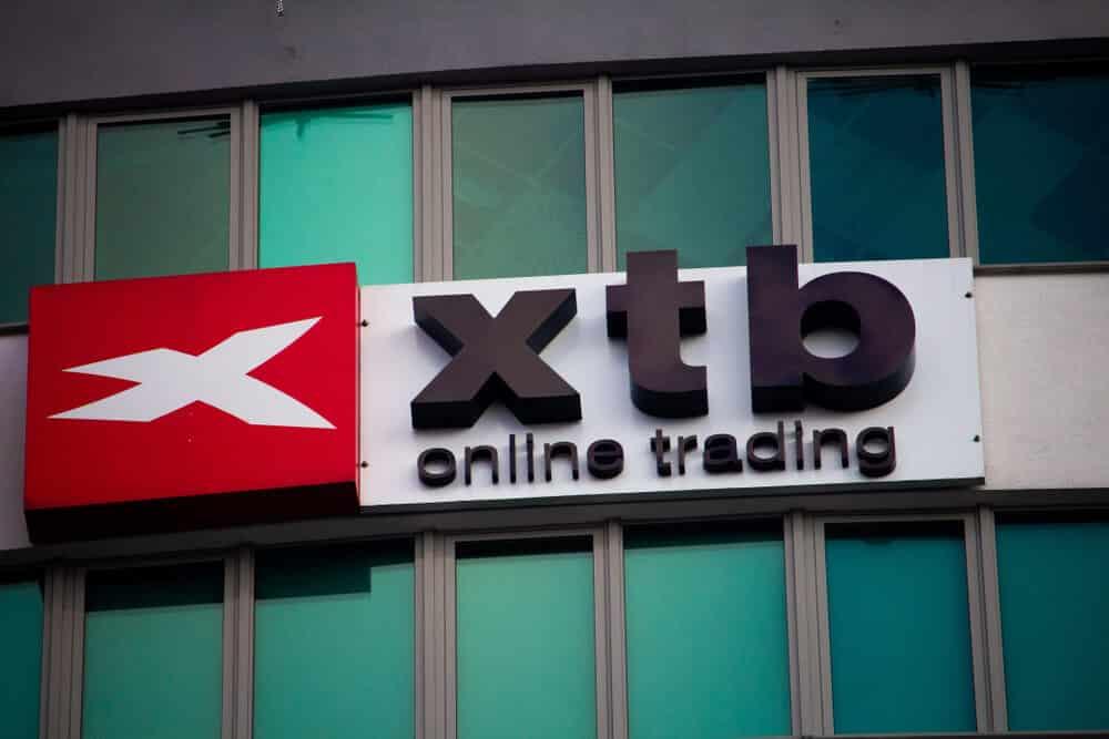 XTB accomplished Dubai DIFC license conditions